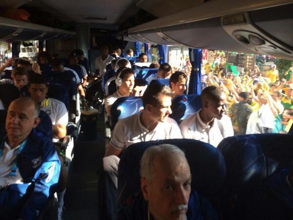 Сборная Бразилии прибыла на «Арену Коринтианс»