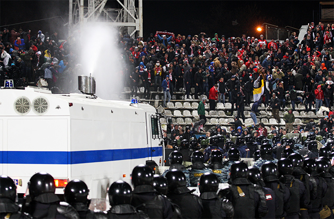 «Шинник» — «Спартак»: беспорядки в Ярославле