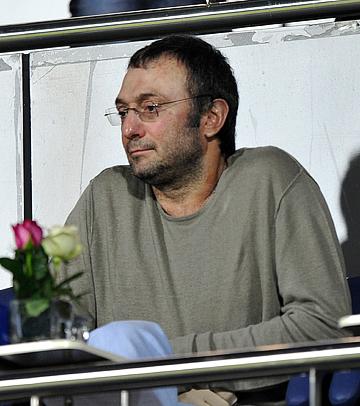 """Глядя на тот же ЦСКА, сделавший с таким бюджетом золотой """"хет-трик"""", Керимов вроде как осознал, что деньги в футболе работают не линейно"""