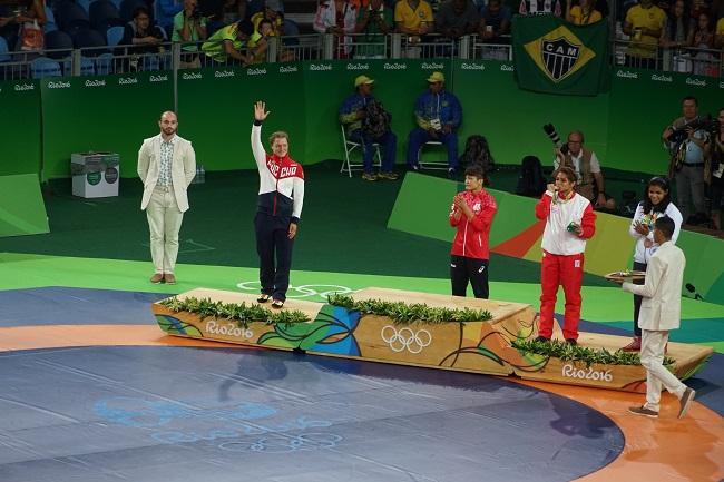 Валерия Коблова на олимпийском пьедестале