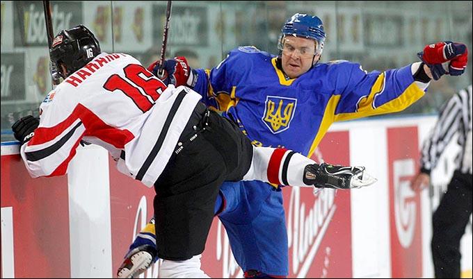 15 апреля 2012 года. Любляна. Чемпионат мира, дивизион I. Украина — Австрия — 4:5
