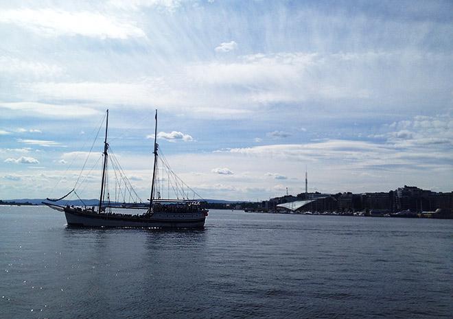 Катерами и лодками здесь пользуются порядка 80 процентов населения Норвегии