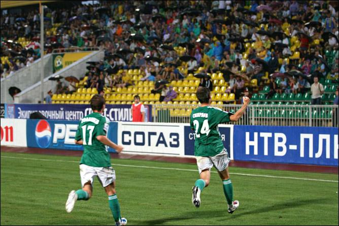 Дмитрий Смирнов открывает счёт в матче
