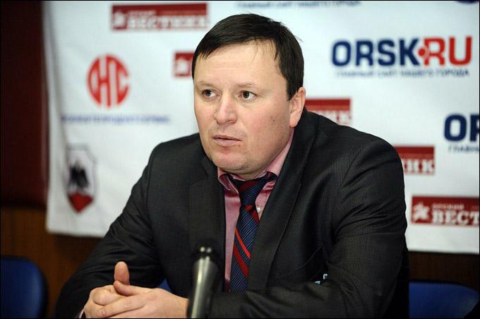 """Главный тренер """"Спутника"""" Алексей Фетисов"""