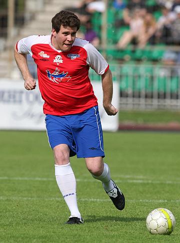 С мячом Денис Мацуев