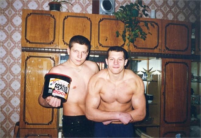 Фёдор и Александр Емельяненко на массе