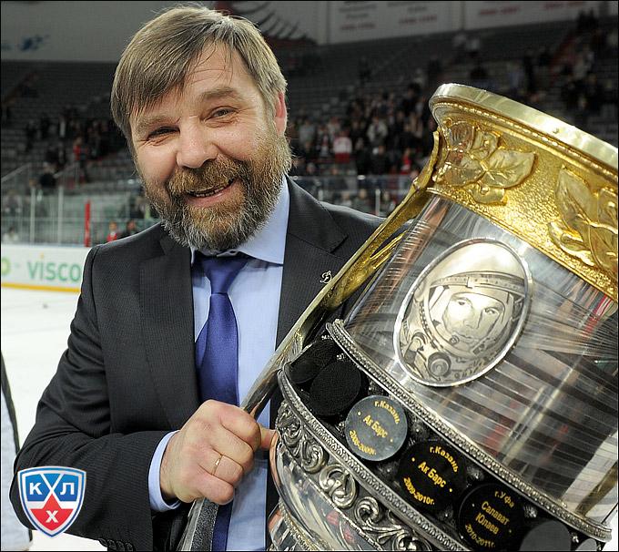 Олег Знарок изменил расстановку сил в КХЛ