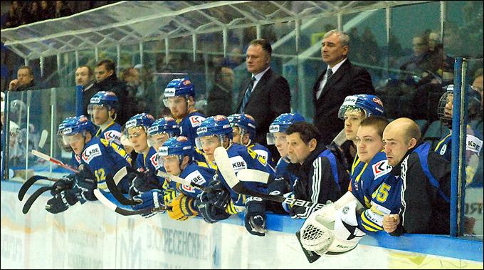 Юрий Страхов и его ребята