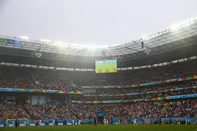 Проливной дождь на матче США — Германия