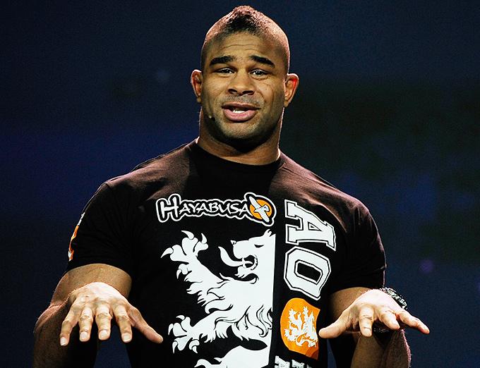 Алистайр Оверем (#6 рейтинга тяжеловесов UFC)