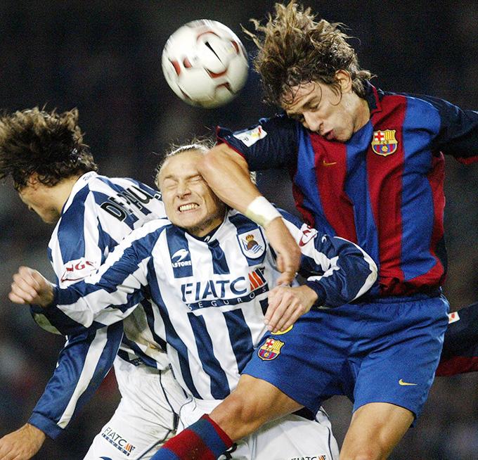 Валерий Карпин и Карлес Пуйоль в матче чемпионата Испании