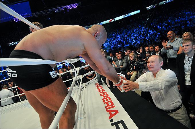 Фёдор Емельяненко и Владимир Путин.