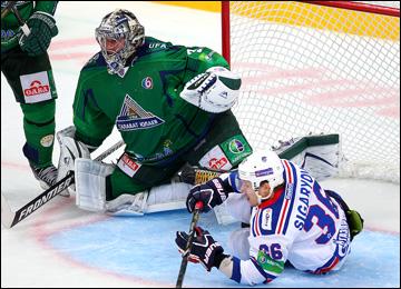 Алексей Волков против СКА сыграл успешно