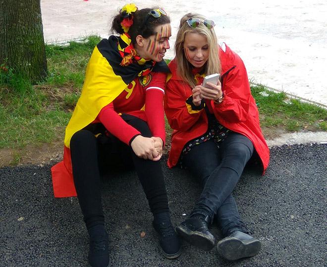 Болельщицы сборной Бельгии