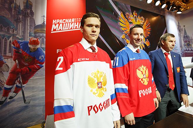 Никита Зайцев, Илья Ковальчук и Олег Знарок