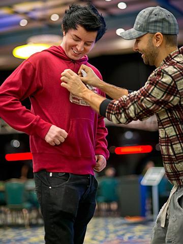 Негреану посвящает Джейка Коди в профессионалы PokerStars Team