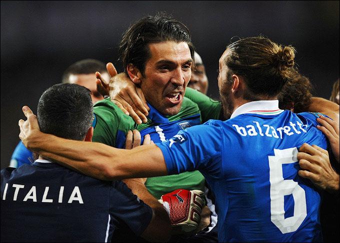 Италия в полуфинале!