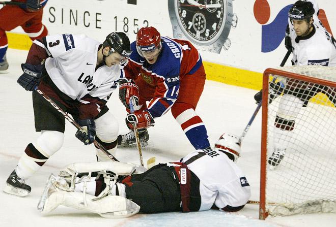 Чемпионат мира по хоккею 2003 года. Латвия — Россия — 2:1