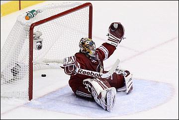 """16 мая 2012 года. Глендейл. Плей-офф НХЛ. Финал Западной конференции. """"Финикс Койотс"""" — """"Лос-Анджелес Кингз"""" — 0:4"""