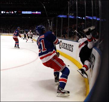 """22 апреля 2012 года. Нью-Йорк. Плей-офф НХЛ. 1/8 финала. """"Нью-Йорк Рейнджерс"""" — """"Оттава Сенаторз"""" — 0:2"""