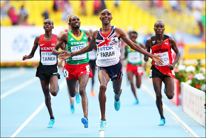 Мо Фара выиграл забег у мужчин на 10 000 метров