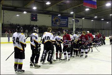 Серов не хочет прощаться с хоккеем
