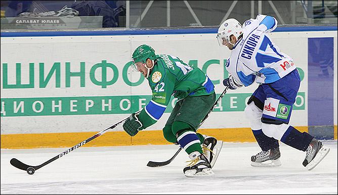 19.11.2010. КХЛ. Салават Юлаев - Динамо Мн - 6:5. Фото 03.