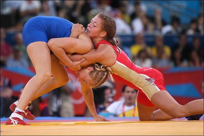 Валерия Жолобова на турнире по борьбе в Лондоне-2012