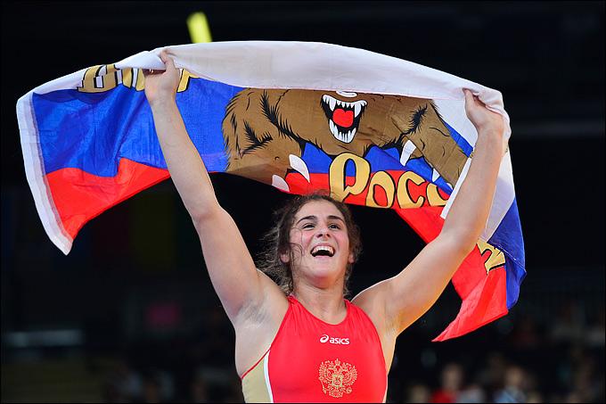 Наталья Воробьёва на турнире по борьбе в Лондоне-2012