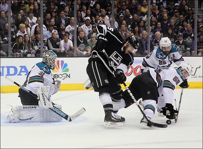 "29 мая 2013 года. Лос-Анджелес. Плей-офф НХЛ. 1/4 финала. Матч № 7. ""Лос-Анджелес"" — ""Сан-Хосе"" — 2:1. ""Короли"" в финале"
