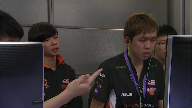 Mushi — капитан Orange во время The International 2013