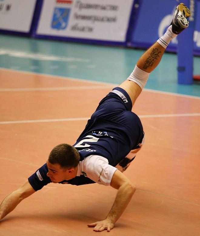 В карьере Артема Зеленкова — пять сезонов за «Автомобилист»