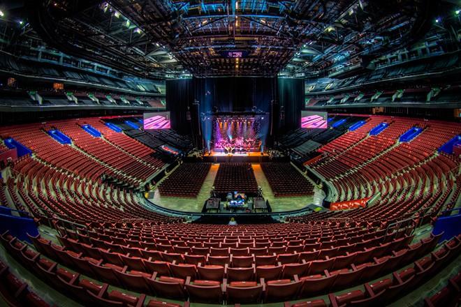 Соревнования пройдут в спортивном комплексе Bell Center, рассчитанном на 20 тыс. зрителей. Это домашняя арена команды «Монреаль Канадиенс» из НХЛ