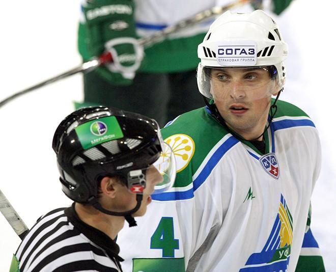 Кольцов в составе «Салавата Юлаева» в сезоне-2009/10