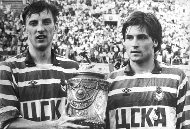 Дмитрий Кузнецов и Игорь Корнеев после финального матча Кубка СССР 1991 года