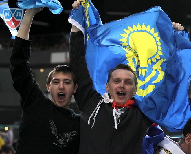 Болельщики сборной Казахстана