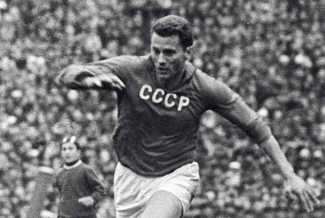 ЧМ-1962. СССР — Югославия — 2:0. С мячом Виктор Понедельник