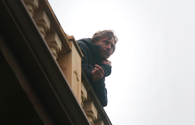 Валерий Карпин наблюдал за матчем с балкона