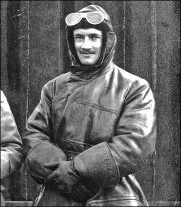 Конн Смайт во время Первой Мировой войны, 1916 год