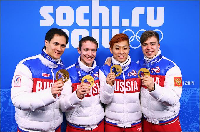 Победа эстафетной сборной по шорт-треку