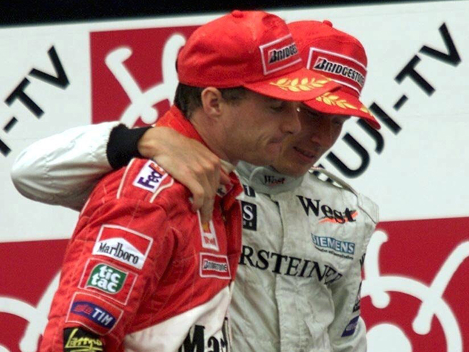 Хаккинен и Ирвайн на подиуме Гран-при Японии-1999