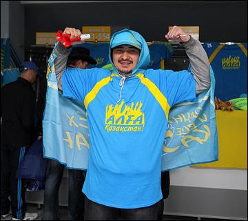 """Вехи сезона ВХЛ. Казахстанский """"супермен"""""""