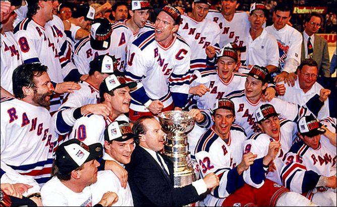 """Обладатели Кубка Стэнли 1994 года – """"Нью-Йорк Рейнджерс""""."""