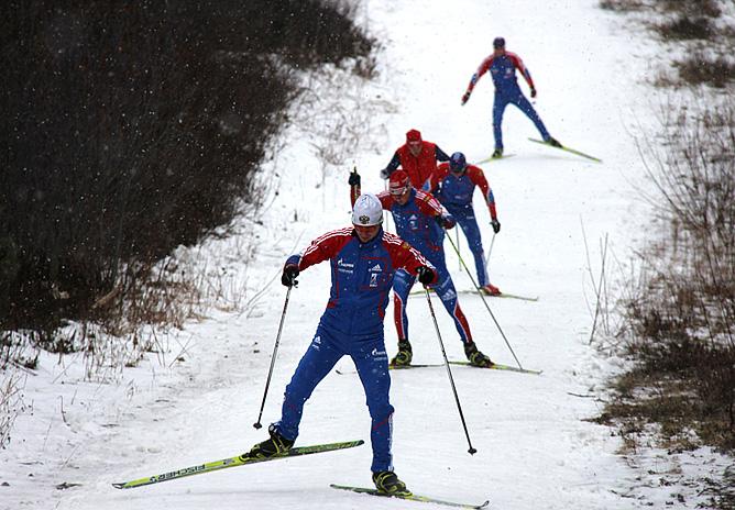 Сборная России ищет снег