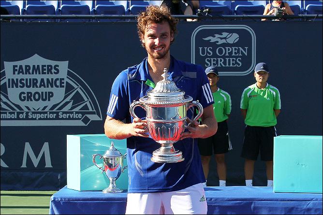 Спустя полтора года Эрнест завоевал свой второй титул