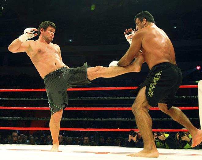 Олег Тактаров — первый российский чемпион UFC