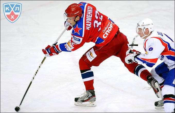 Михаил Науменков