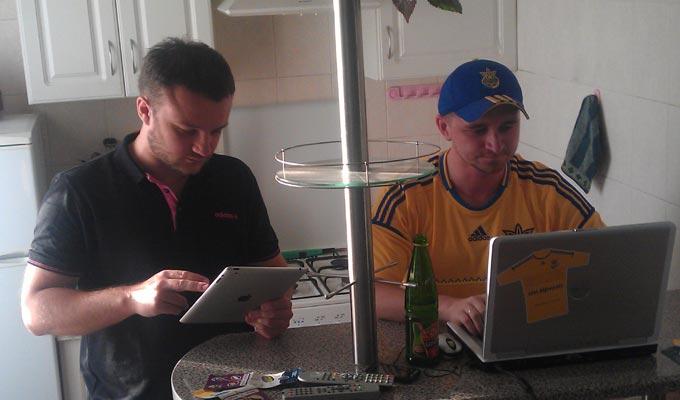 Упорная борьба за последнее место: Алексей Агеев и Максим Трохимчук