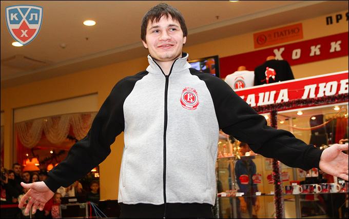 Николай Богомолов