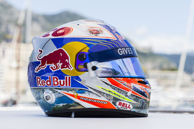 Раскраска шлема Риккиардо для Монте-Карло